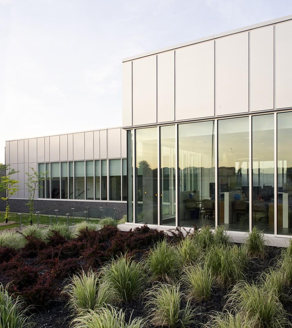 Laval Integrated Cancer Center at the Cité-de-la-Santé